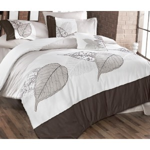 Луксозно спално бельо от сатен