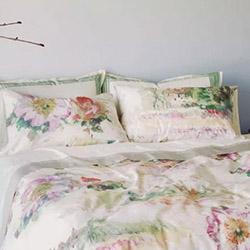 Как да внесете пролетно усещане в спалнята?
