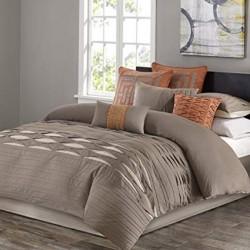 Създайте шикозен будоар с неутрално спално бельо