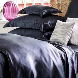 Копринено спално бельо