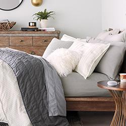 Как да създадете сканди стил в спалнята?