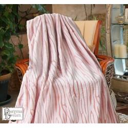 Уникално пухкаво одеяло в коралово