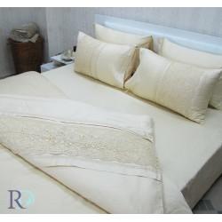 Стилно спално бельо с дантела